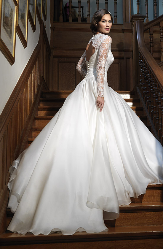 bridalcouture-leading-lady-nostalgia-collection-2012-by-suzanne-neville