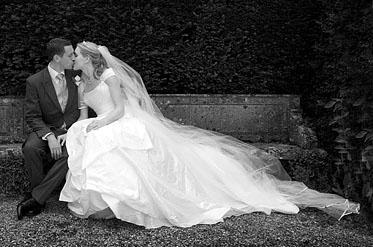 claire_brocklehurst_dressesforweddings_suzanneneville_designerbridalgowns
