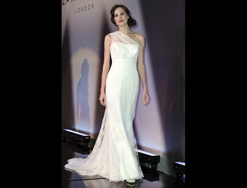 Catwalk Runways | Nostalgia 2012 Designer Bridal Gowns | Aphrodite by Suzanne Neville