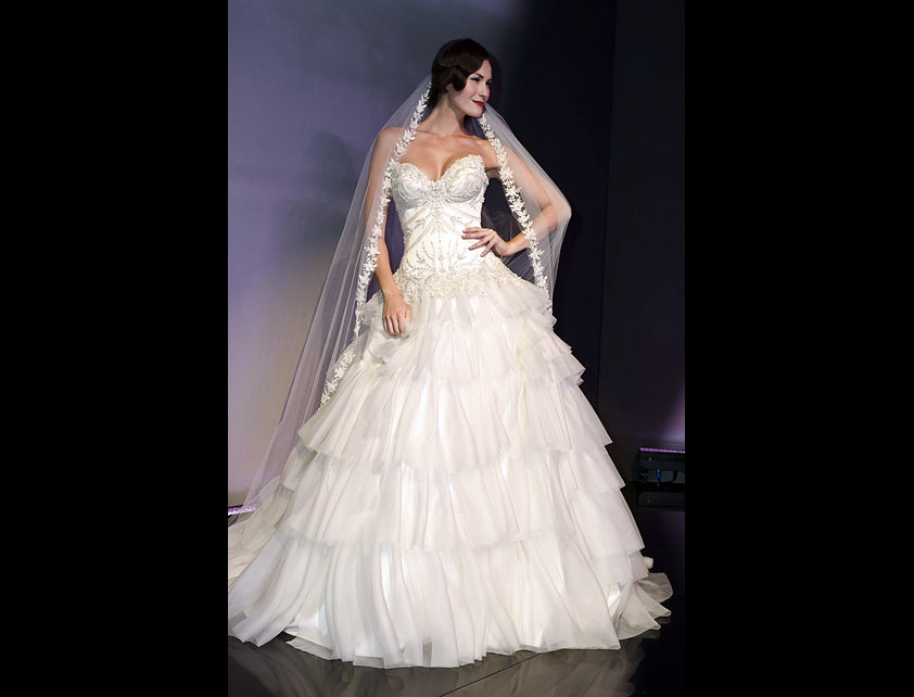 Catwalk Runways | Nostalgia 2012 Designer Bridal Gowns | Broadway Belle by Suzanne Neville