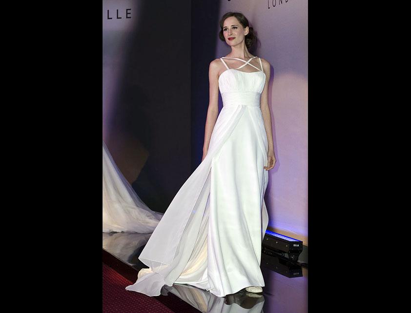 Catwalk Runways | Nostalgia 2012 Designer Bridal Gowns | Gatsby by Suzanne Neville