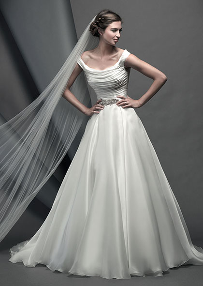 novellocollection2015_designerweddingdressesbySuzanneNeville