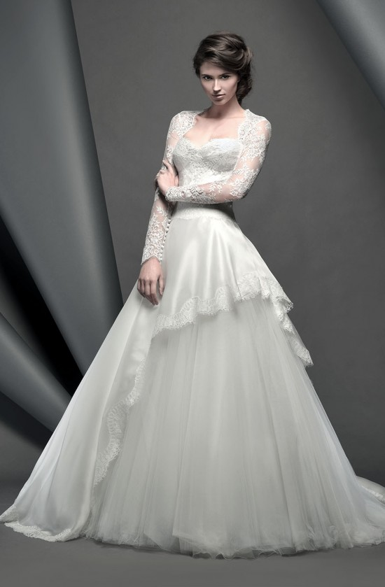 grosvenor_novellocollection2015_designerweddingdressesbySuzanneNeville