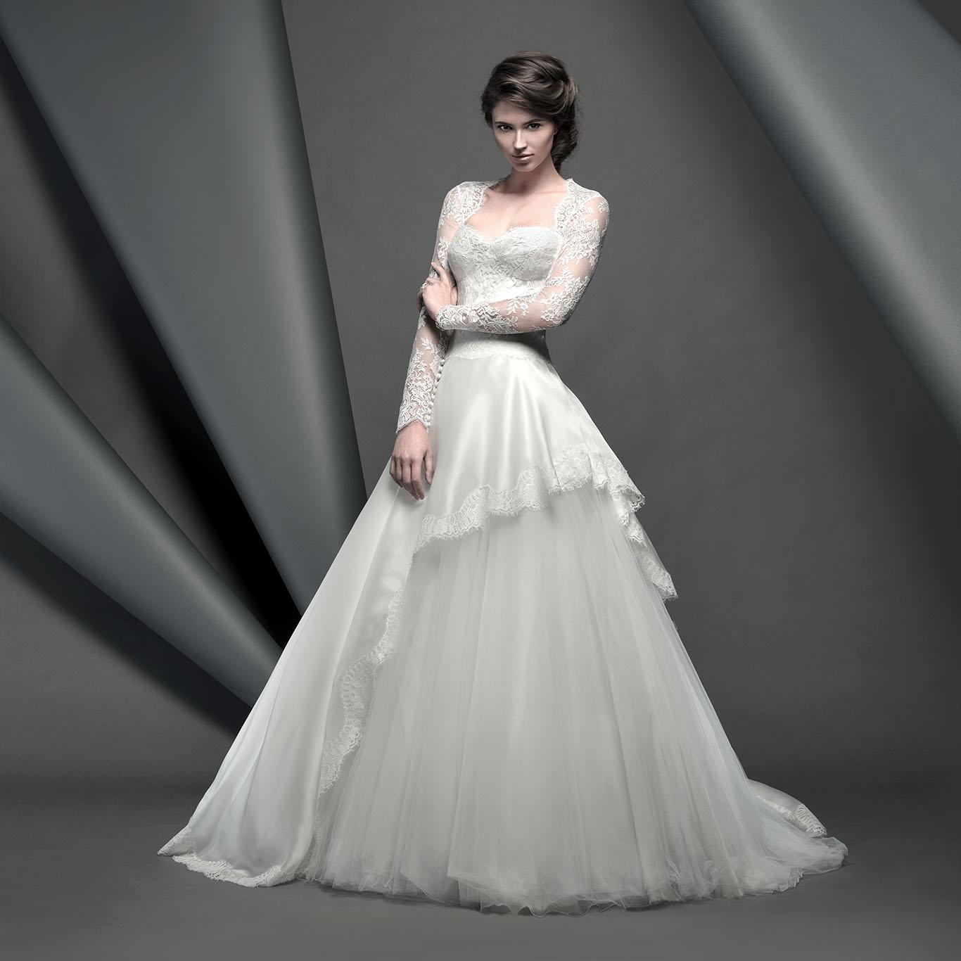 Real Brides Suzanne Neville: Novello Collection 2015