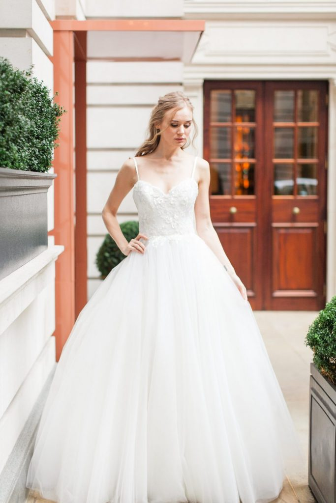 brides-magazine-reader-event-rosewood-london-designer-wedding-dresses-suzanne-neville20