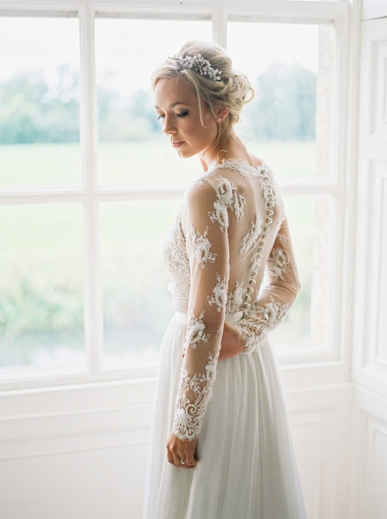Suzanne Neville, Europe's leading designers of wedding ...