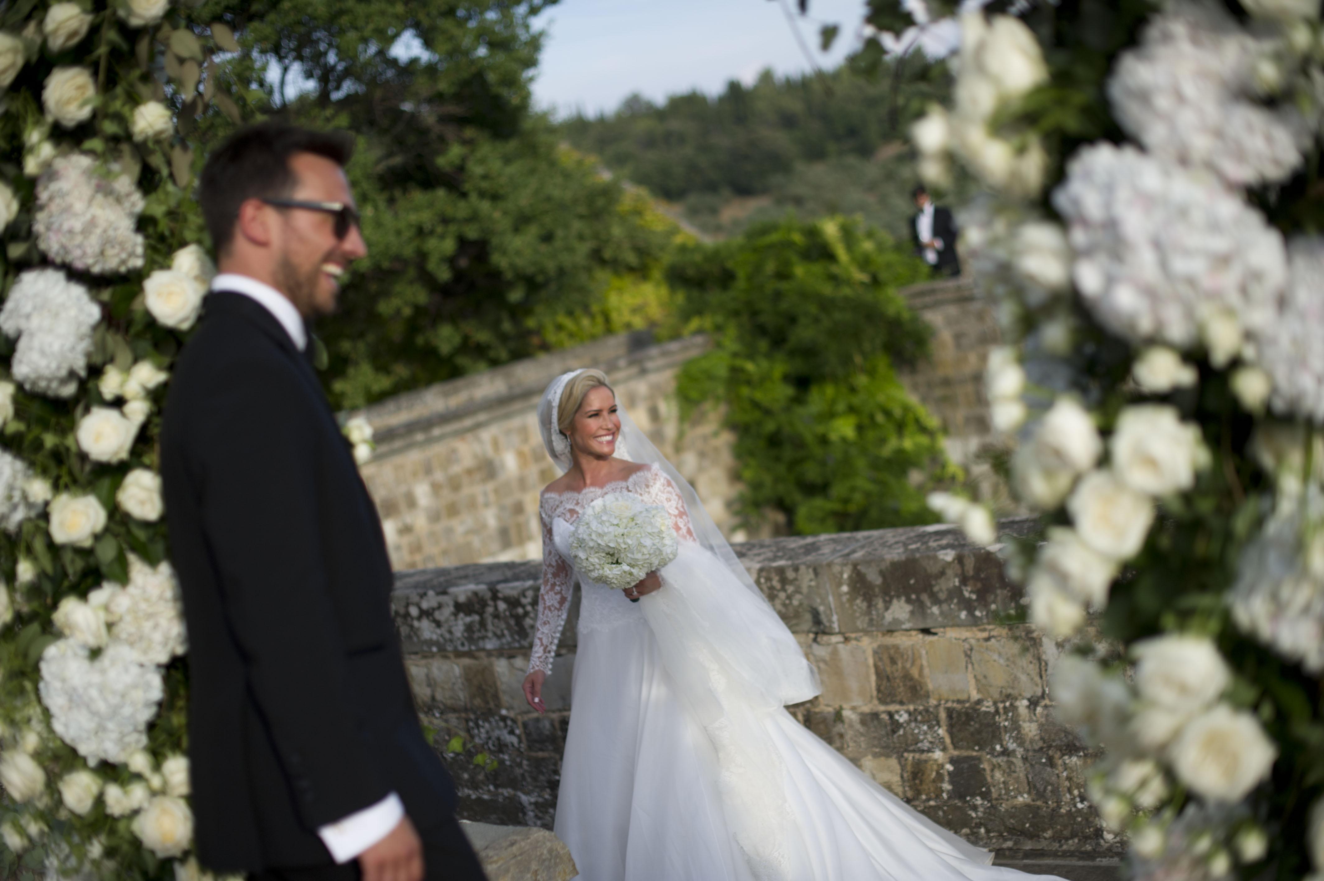 heidi-range-suzanne-neville-wedding-gown