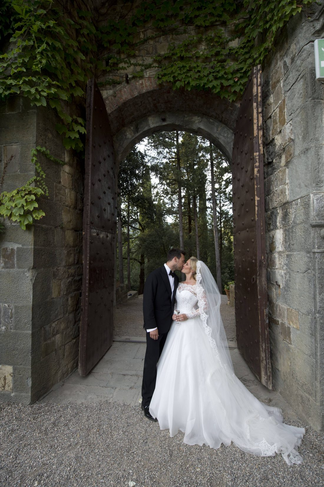 Celebrity Wedding Dresses Ireland : Heidi range s beautiful florence wedding quot the day my dreams came true