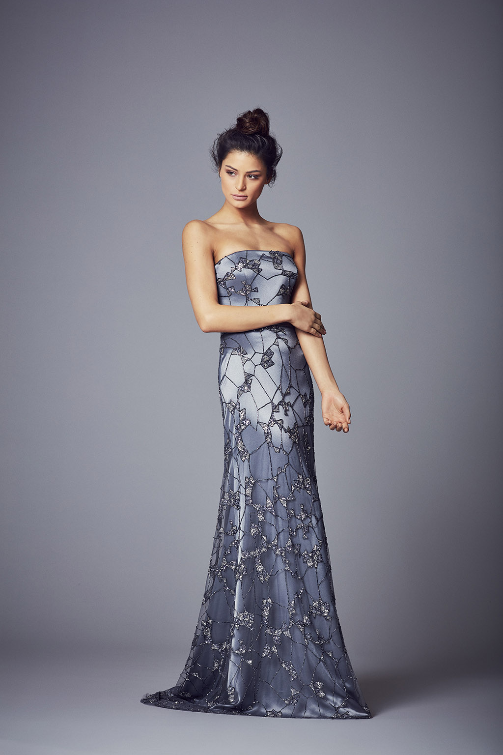 Leonor | Evening Wear Collection 2017 by Suzanne Neville