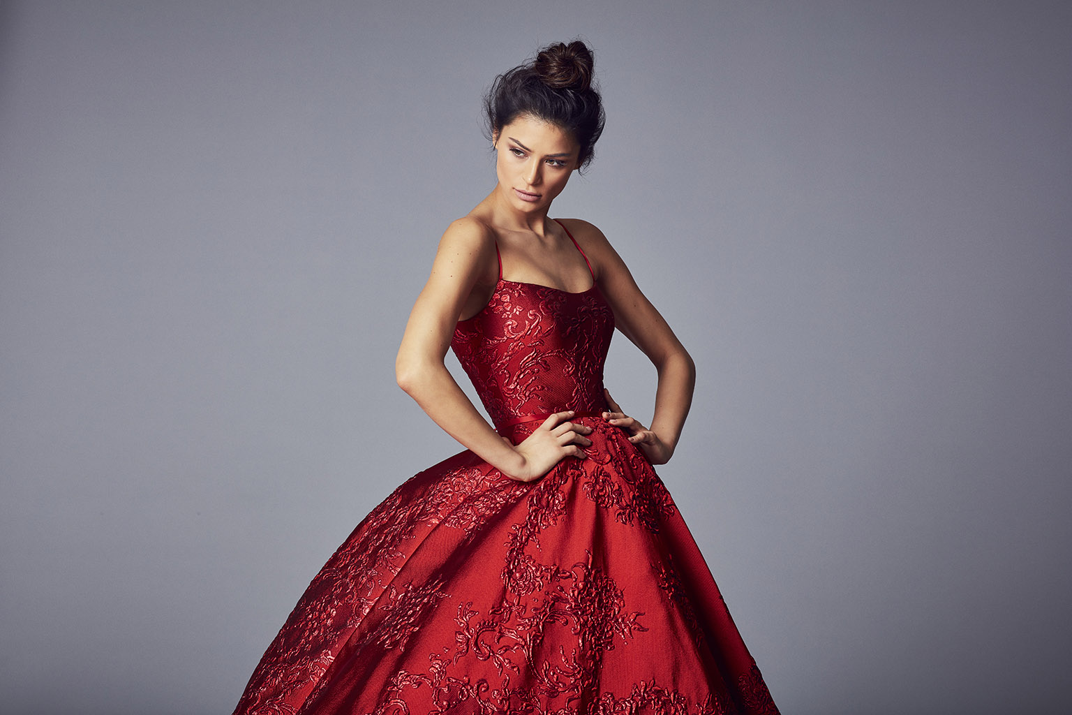 Valentina | Evening Wear Collection 2017 by Suzanne Neville