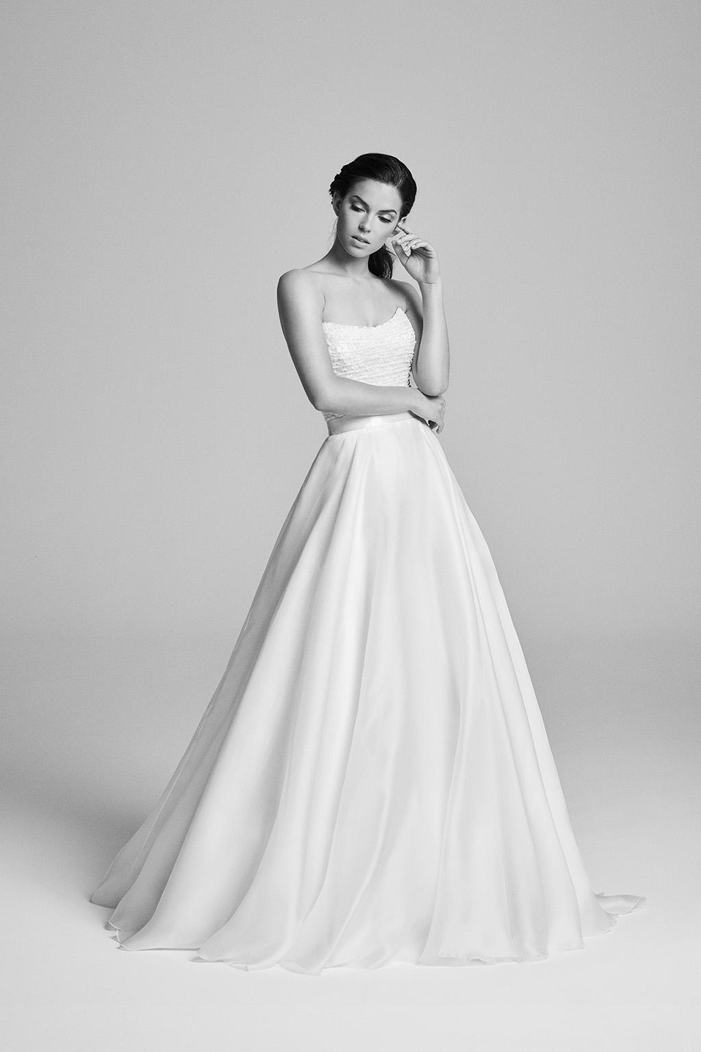 hemmingway-bridalcouture-wedding-dresses-uk-belle-epoque-collection-2018-by-designer-suzanne-neville