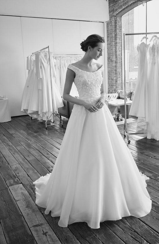 floriana-behind-the-senes-lookbook-collection2019-weddingdressesuk-designersuzanneneville