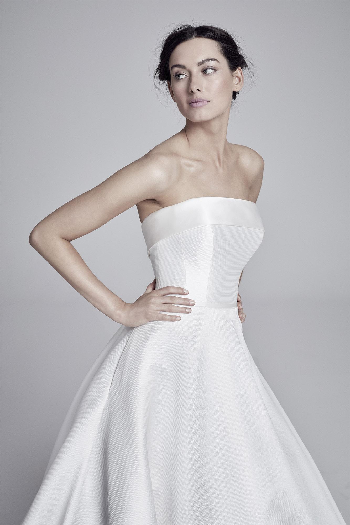 Loretta (close up) | Lookbook Collection 2019 | designer wedding dresses by Suzanne Neville