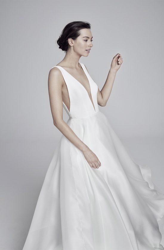 serrano-closeup-lookbook-collection2019-weddingdressesuk-designersuzanneneville