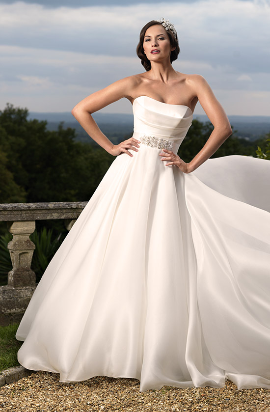 bridalcouture-gracie-nostalgia-collection-2012-by-suzanne-neville