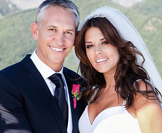 Gary Lineker wedding to Danielle Bux in Hello Magazine