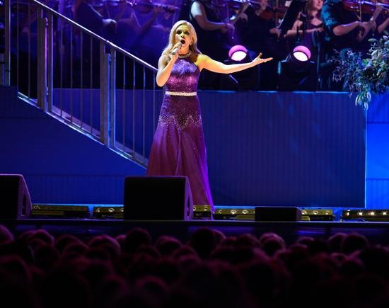 katherine-jenkins-queens-coronation-concert-buckingham-palace-evening-wear-dress-suzanneneville