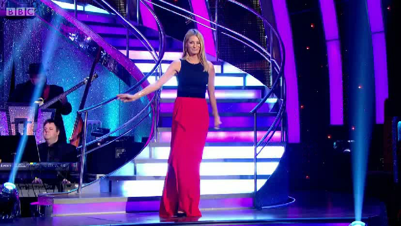 tessdaly-strictlycomedancing2014-tvfashioncelebritydresses-suzanneneville2