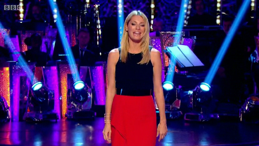 tessdaly-strictlycomedancing2014-tvfashioncelebritydresses-suzanneneville3