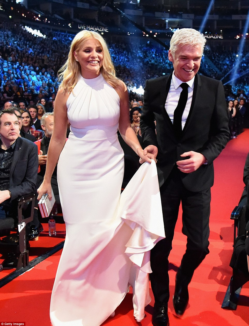 Holly Willoughby Clothes White Dress For Ntas 2016