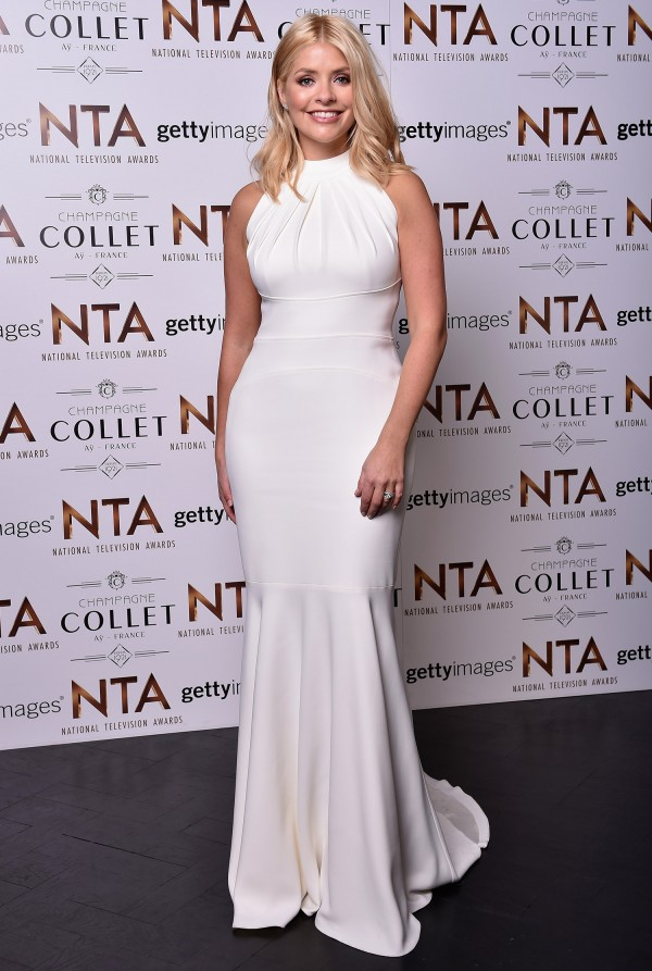 holly-willoughby-clothes-white-dress-on-this-morning-national-television-awards-2016-suzanne-neville12