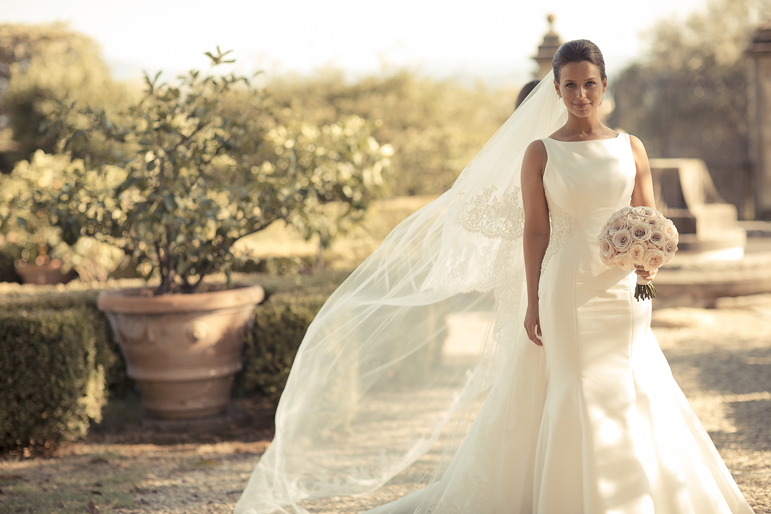 real brides Olivia Gold, wedding dresses by designer Suzanne Neville