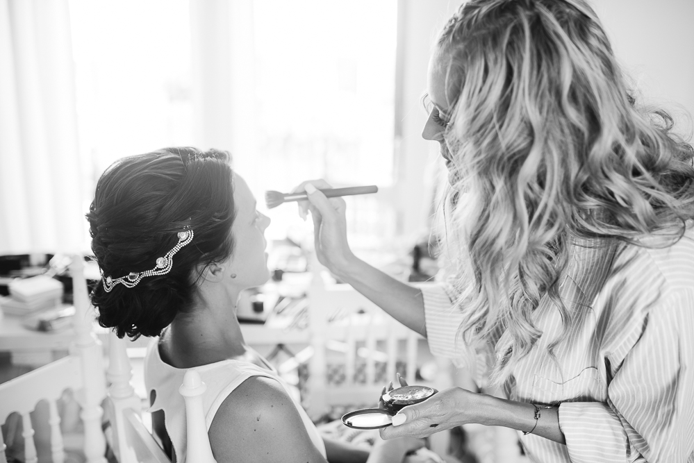 real-life-brides-kate-sutton-designer-wedding-dresses-dominion-suzanne-neville06