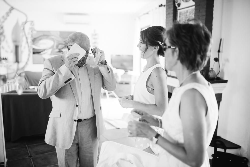 real-life-brides-kate-sutton-designer-wedding-dresses-dominion-suzanne-neville08