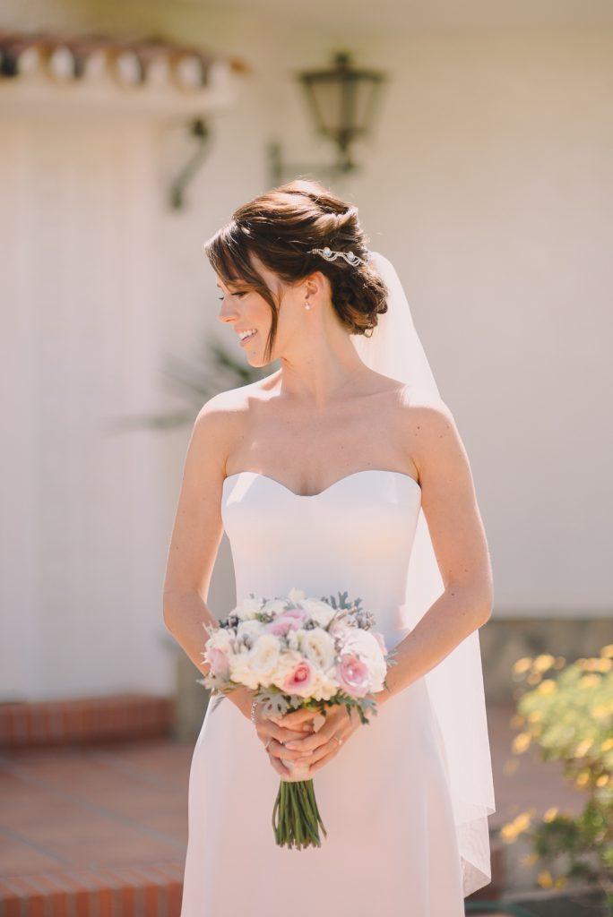 real-life-brides-kate-sutton-designer-wedding-dresses-dominion-suzanne-neville17