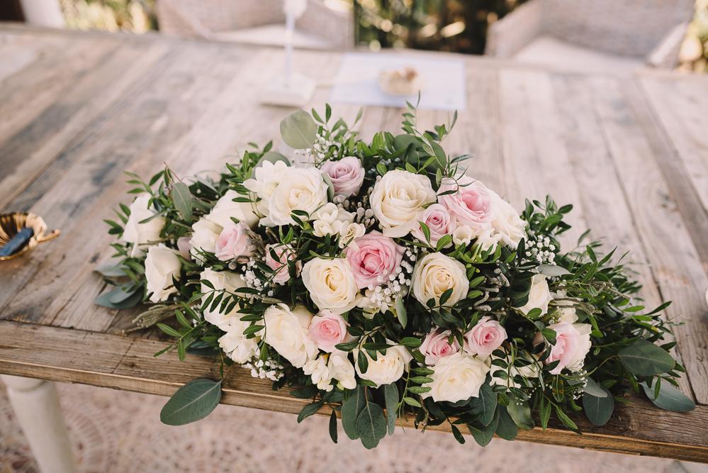 real-life-brides-kate-sutton-designer-wedding-dresses-dominion-suzanne-neville19