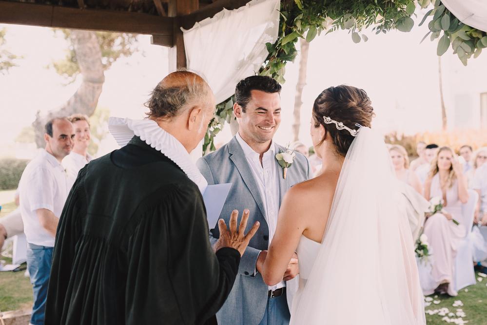 real-life-brides-kate-sutton-designer-wedding-dresses-dominion-suzanne-neville21