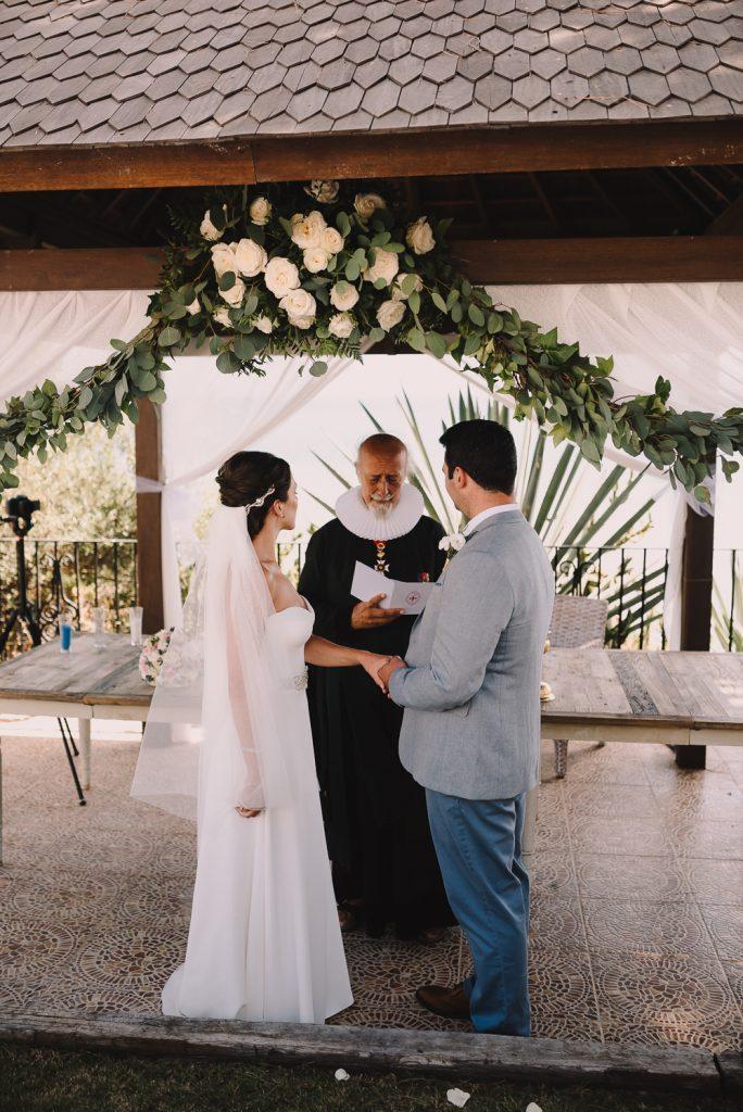 real-life-brides-kate-sutton-designer-wedding-dresses-dominion-suzanne-neville22
