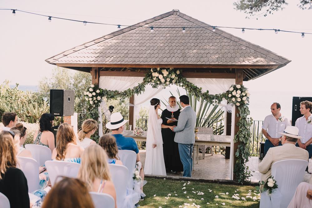 real-life-brides-kate-sutton-designer-wedding-dresses-dominion-suzanne-neville23