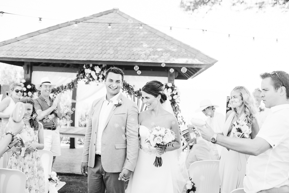 real-life-brides-kate-sutton-designer-wedding-dresses-dominion-suzanne-neville31
