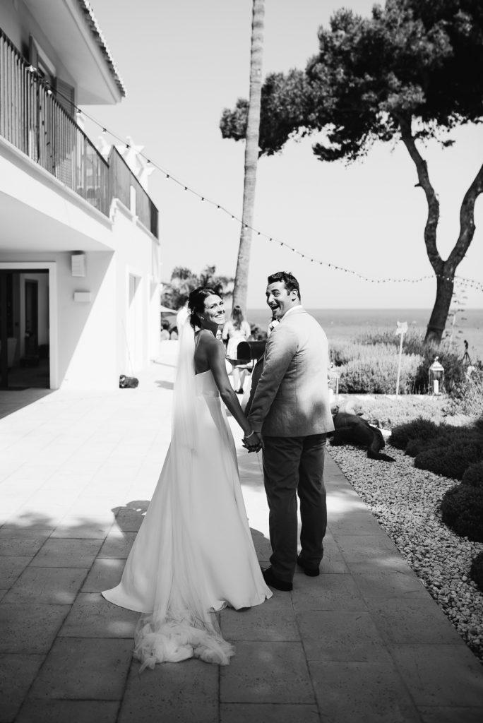 real-life-brides-kate-sutton-designer-wedding-dresses-dominion-suzanne-neville39