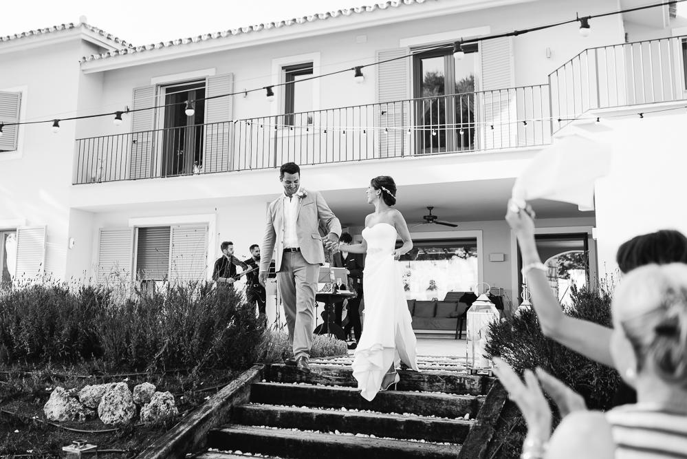 real-life-brides-kate-sutton-designer-wedding-dresses-dominion-suzanne-neville49