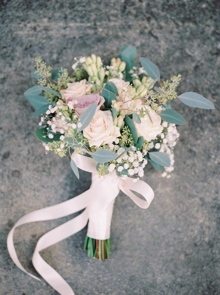 real-life-brides-jessica-maxwell-wedding-dauntsey-park-house-designer-wedding-dresses-camellia-suzanne-neville08