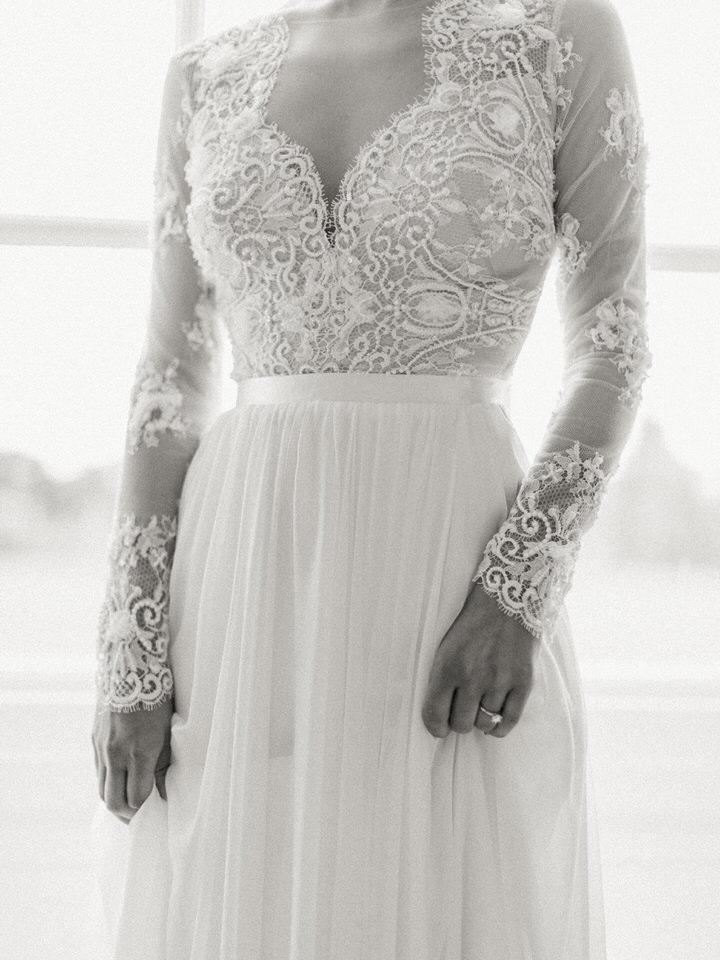 real-life-brides-jessica-maxwell-wedding-dauntsey-park-house-designer-wedding-dresses-camellia-suzanne-neville11