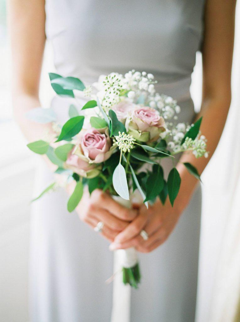 real-life-brides-jessica-maxwell-wedding-dauntsey-park-house-designer-wedding-dresses-camellia-suzanne-neville13
