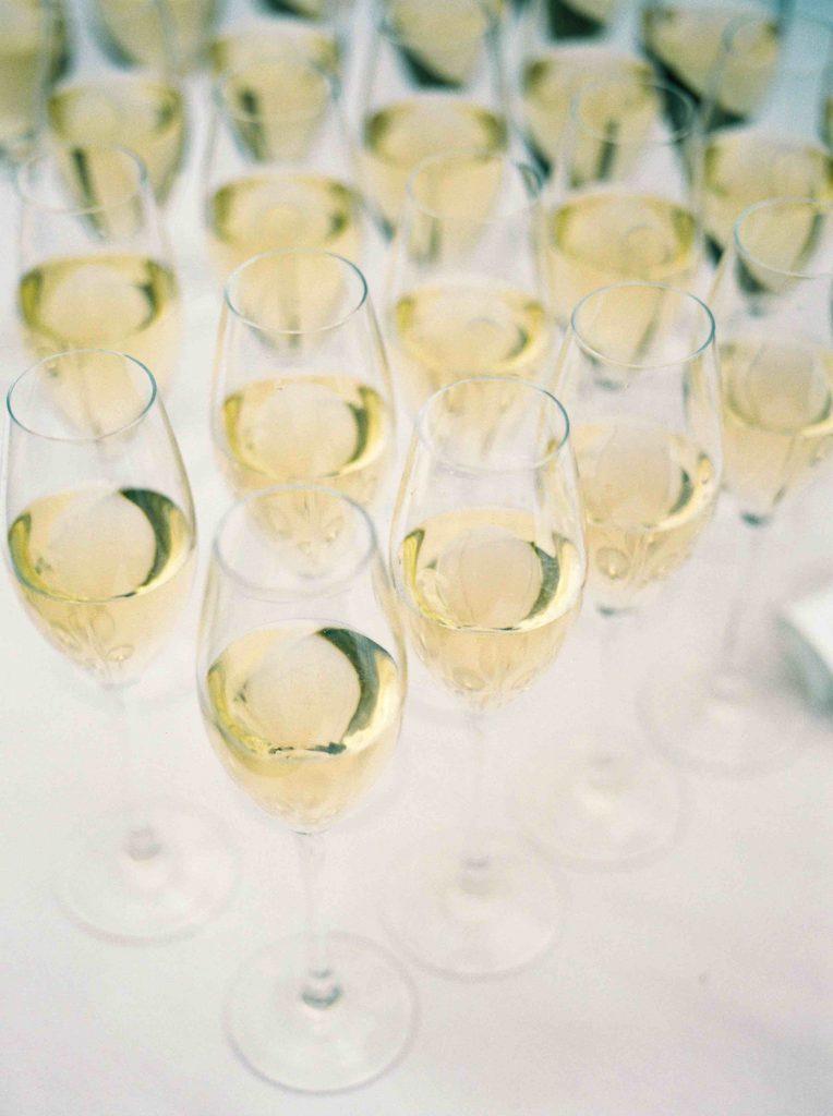 real-life-brides-jessica-maxwell-wedding-dauntsey-park-house-designer-wedding-dresses-camellia-suzanne-neville20