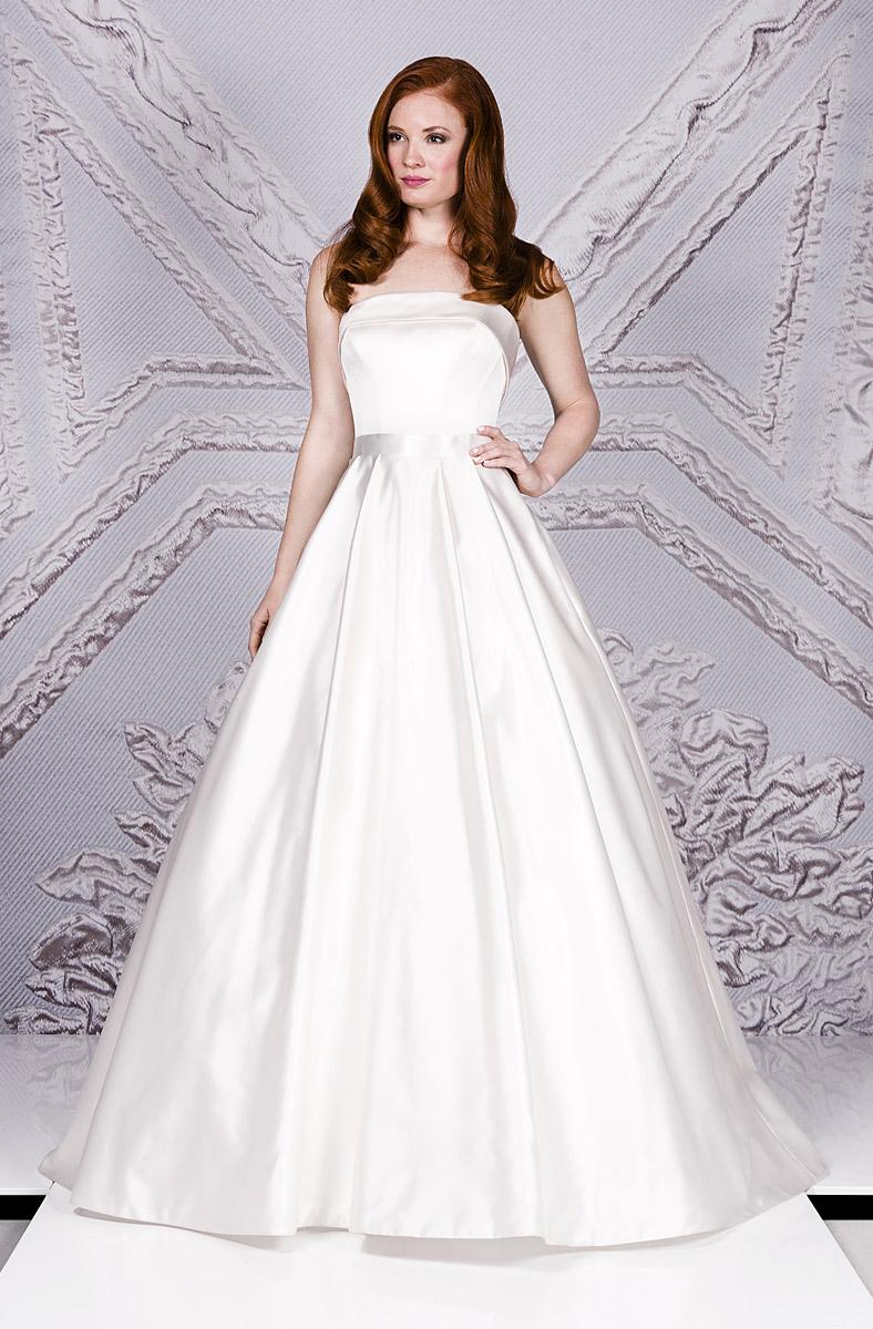 Valente | Portrait Lookbook 2017 | dresses for weddings by designer Suzanne Neville