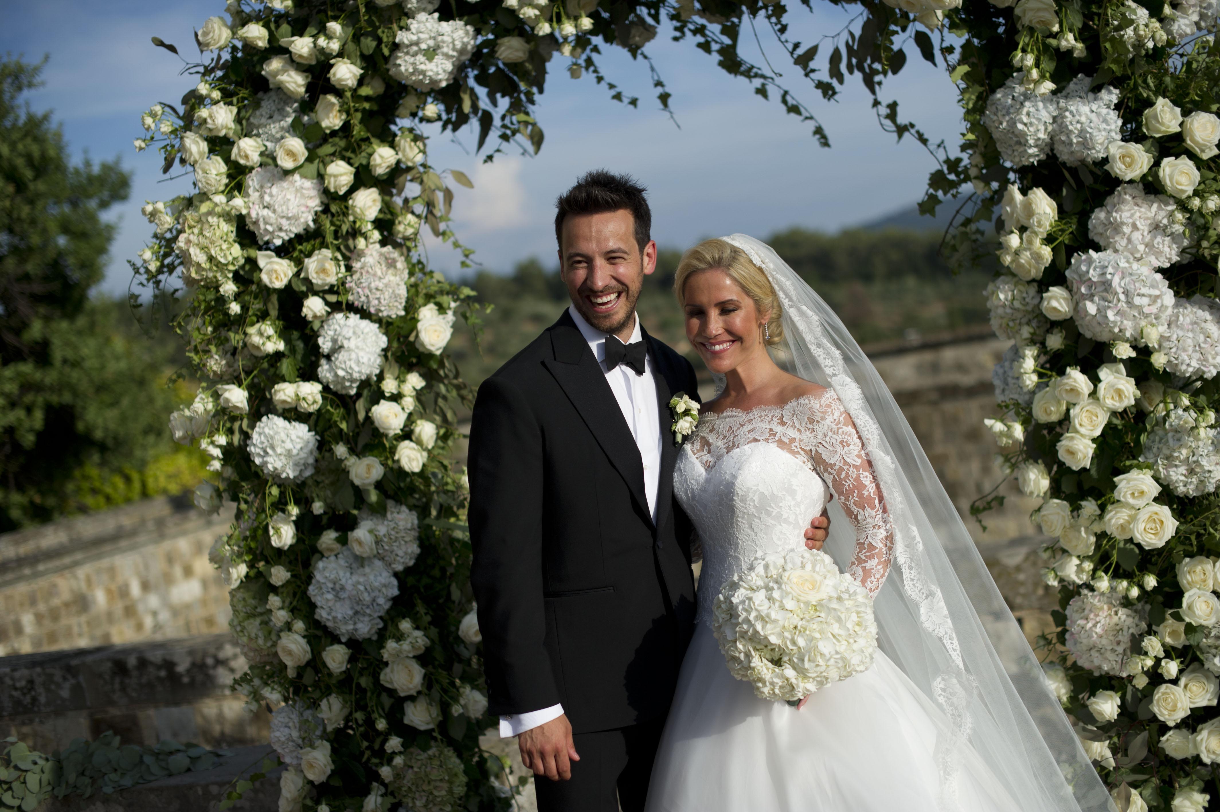 heidi-range-suzanne-neville-wedding-gown-1