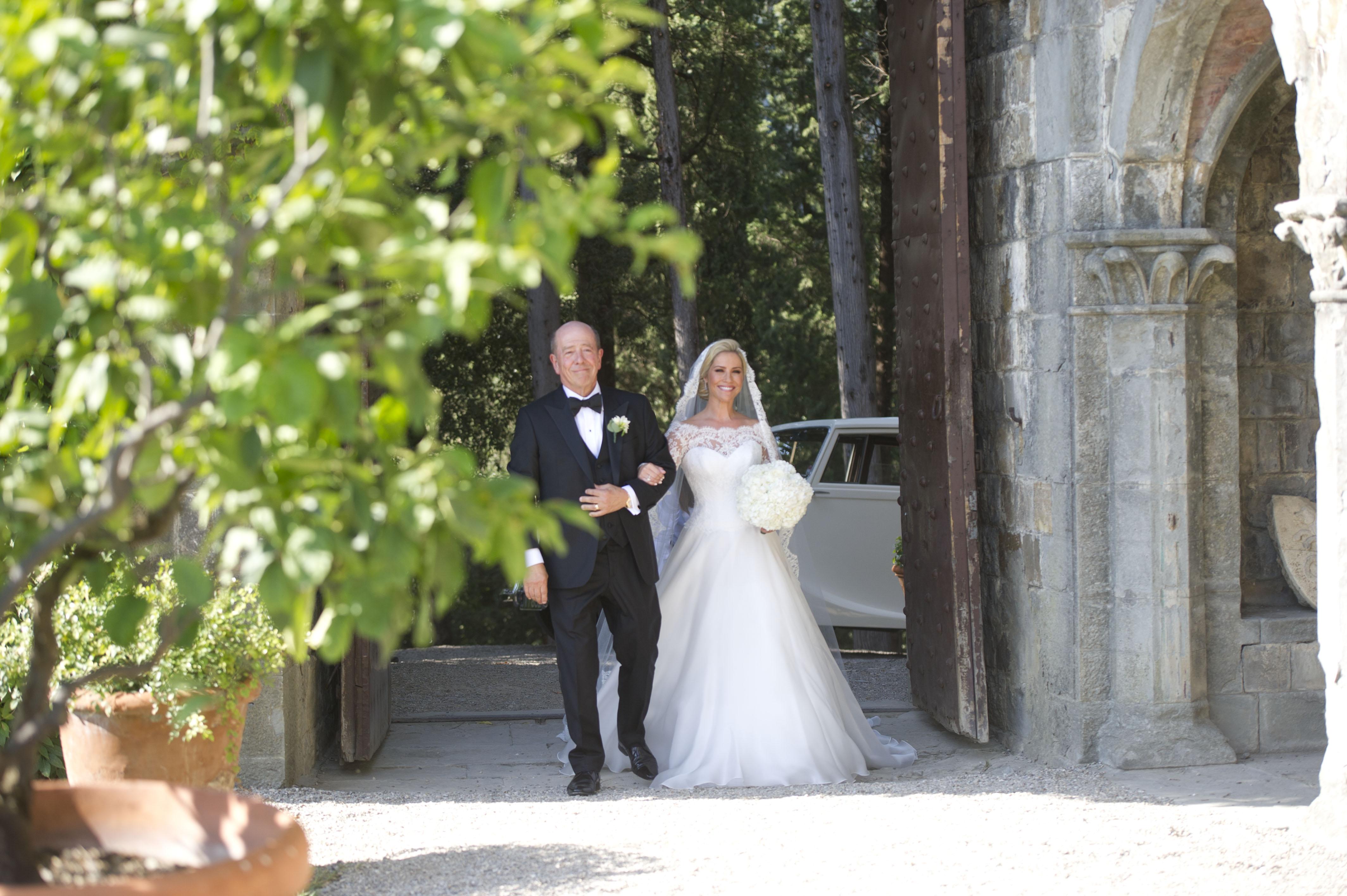 heidi-range-suzanne-neville-wedding-gown-5