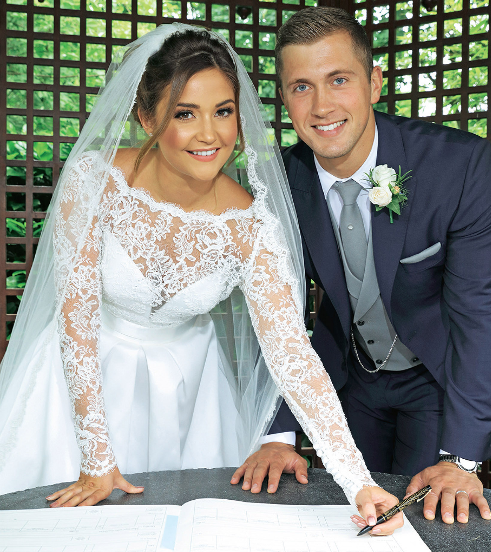 Chesire Brides - Jaqueline Joss wedding to Dan Osborne in bridal wear by Suzanne Neville