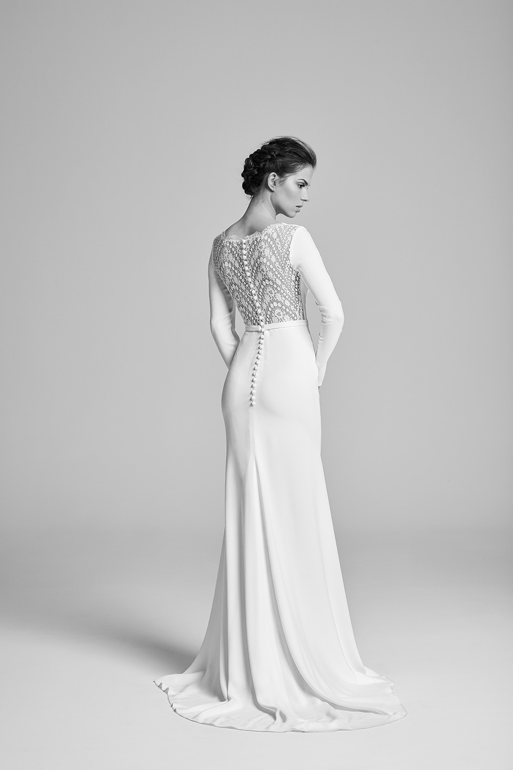 geddess-back-bridalcouture-wedding-dresses-uk-belle-epoque-collection-2018-by-designer-suzanne-neville