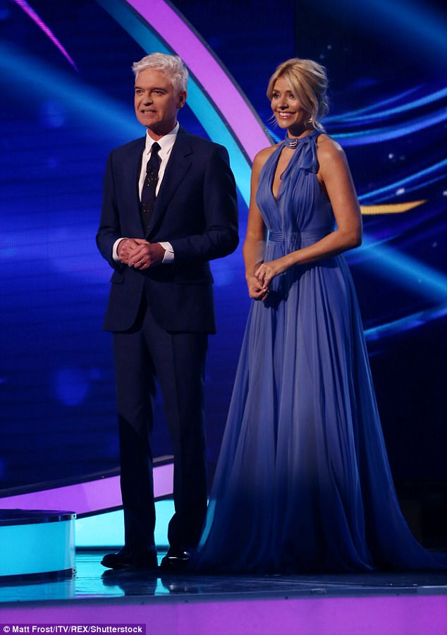 holly willoughby dress
