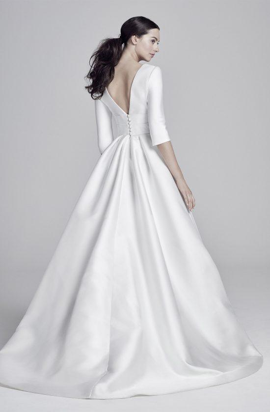 layla-back-lookbook-collection2019-weddingdressesuk-designersuzanneneville