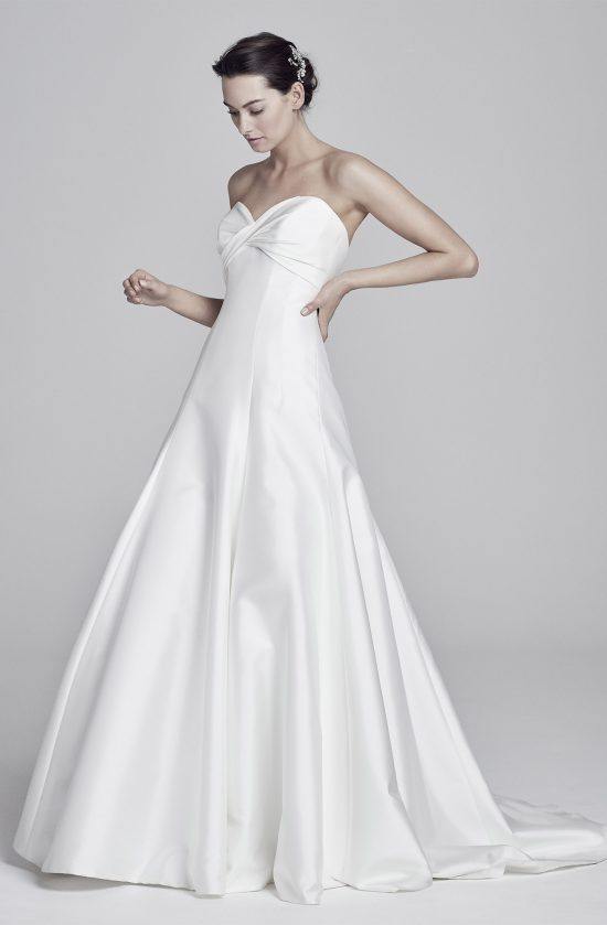 livia-notop-lookbook-collection2019-weddingdressesuk-designersuzanneneville