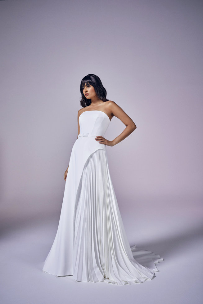 Giovanna | Modern Love Collection 2021 | wedding dresses by Suzanne Neville