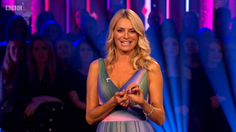 tess-daly-dress-strictly-come-dancing-003